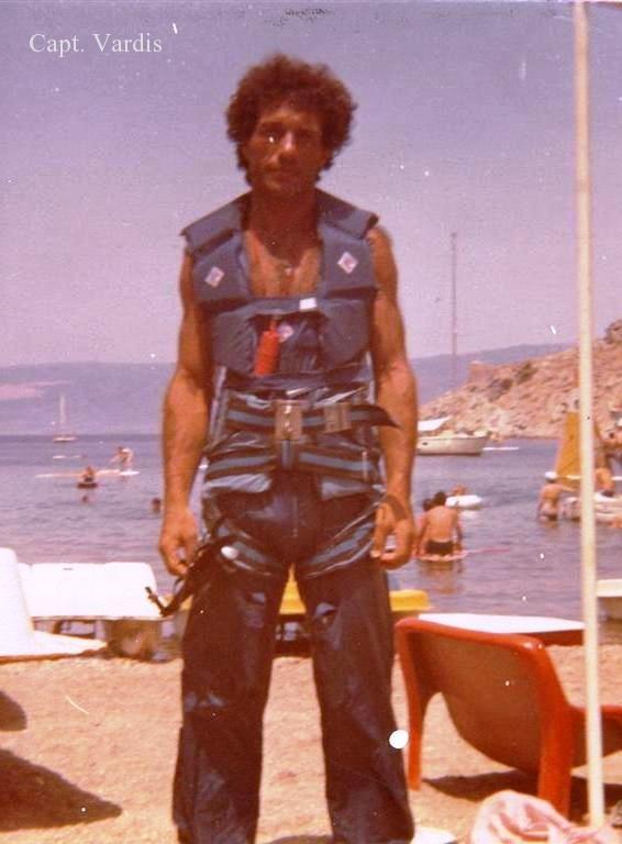 capt  vardis skipper en gr u00e8ce  profile cv nautique